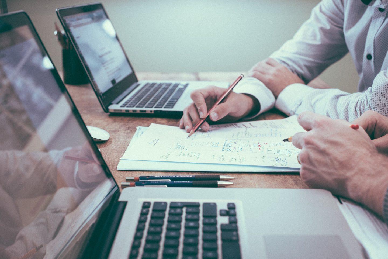 Delegar responsabilidades y tareas: inteligencia administrativa